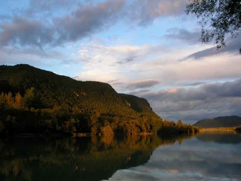 Tramonto_sul_fiume2.jpg
