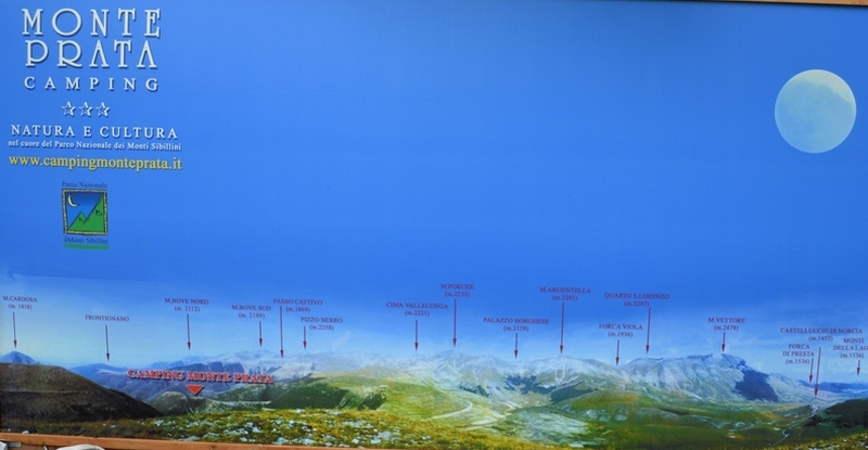 panoramica della catena dei Sibillini.jpg