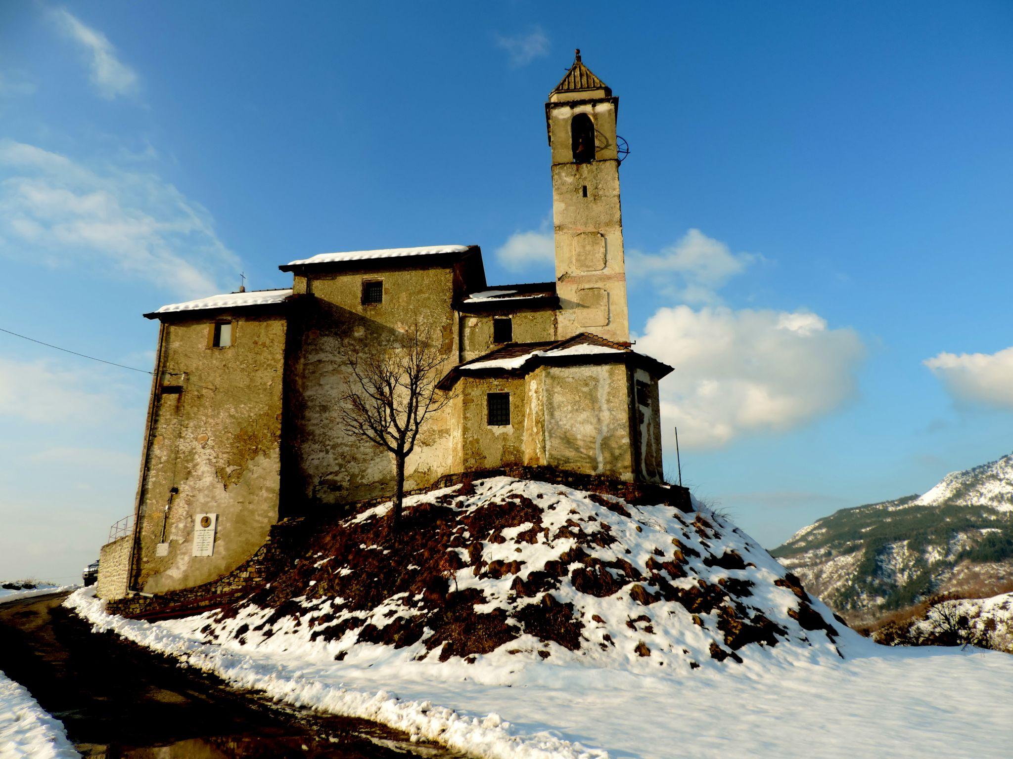 chiesa di montagna