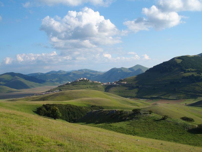 Castelluccio di Norcia (PG) i colli alti e bassi